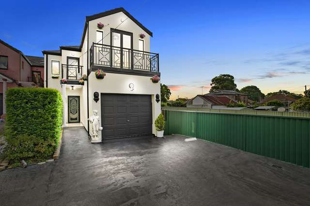 7 Gibson Avenue, Padstow NSW 2211