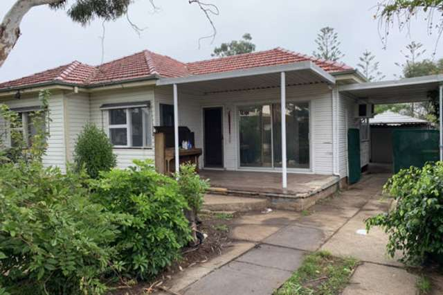 13 Johnstone st, Guildford NSW 2161