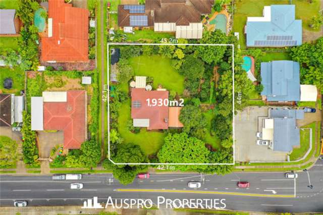 303 Warrigal Rd, Eight Mile Plains QLD 4113