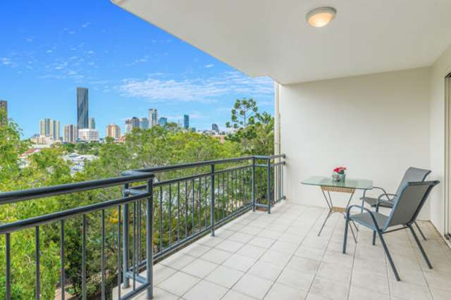 16 / 451 Gregory Terrace, Spring Hill QLD 4000