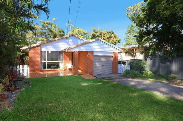 16 Golden Crescent, Southport QLD 4215