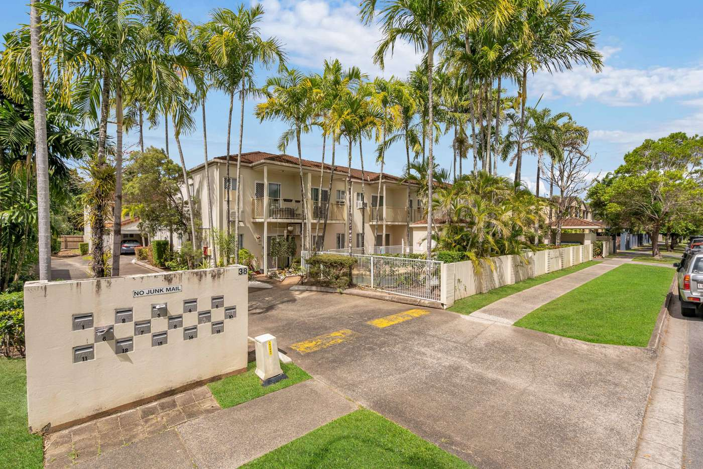 Main view of Homely townhouse listing, 4/38 Springfield Crescent, Manoora QLD 4870