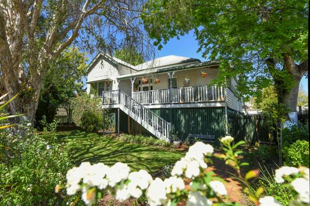 192 South Street, Centenary Heights QLD 4350