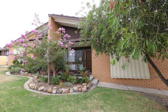 2/21 Northernview Drive, West Albury NSW 2640