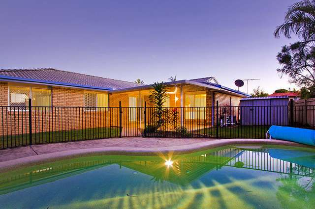 6 Hampden Cres, Heritage Park QLD 4118