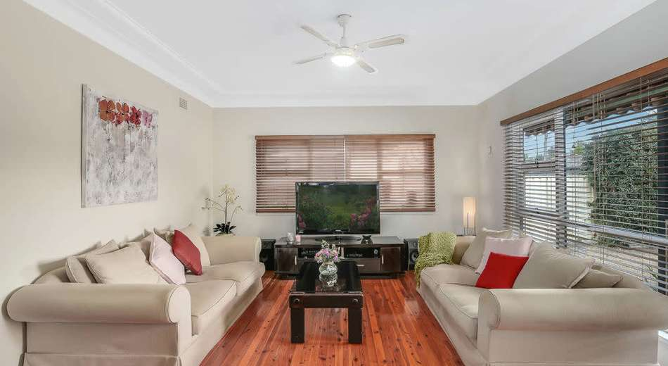1 Highland Avenue, Toongabbie NSW 2146