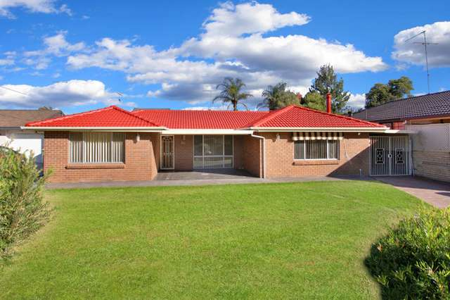 24 Buckland Road, St Clair NSW 2759