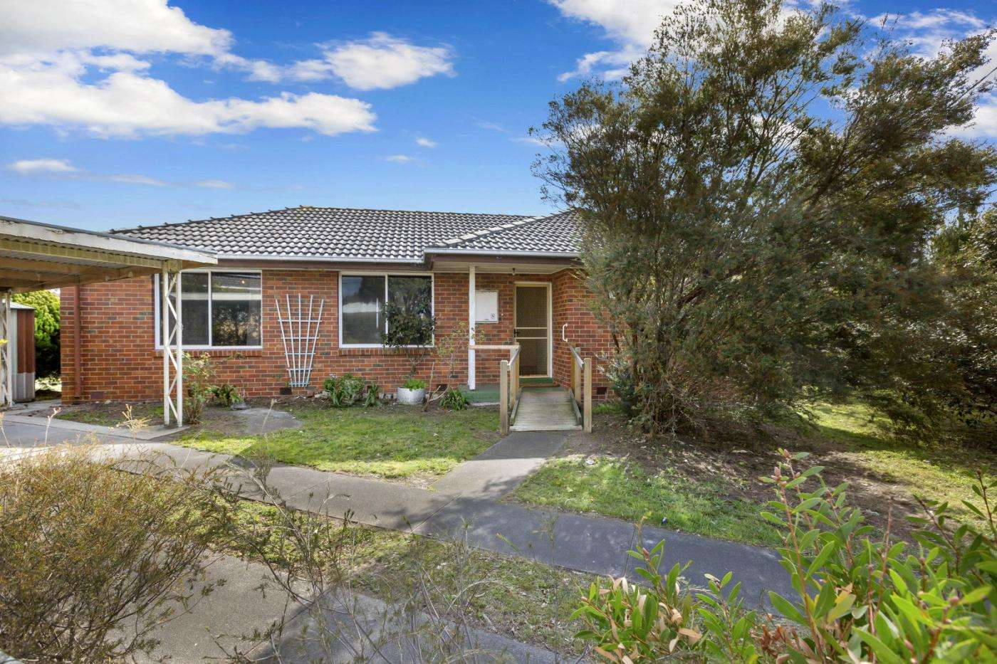 Main view of Homely house listing, 2 Nodding Avenue, Frankston North, VIC 3200