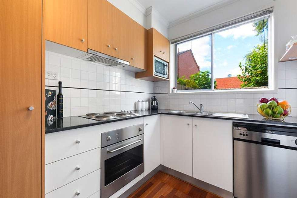 Second view of Homely apartment listing, 5/15 Cassels Road, Brunswick VIC 3056