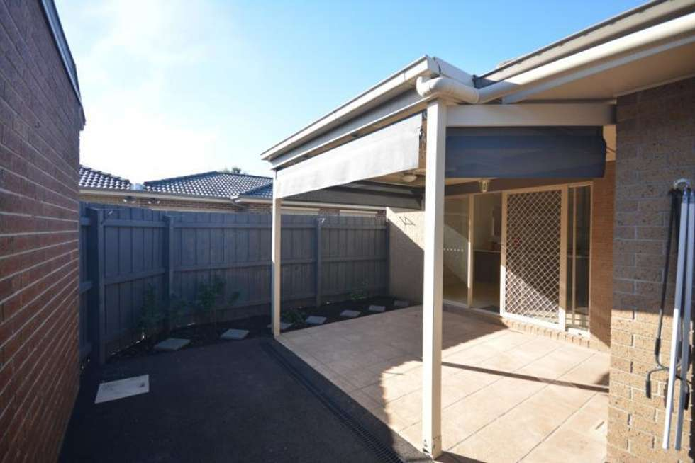 Third view of Homely townhouse listing, 1/27 Rogers Street, Pakenham VIC 3810
