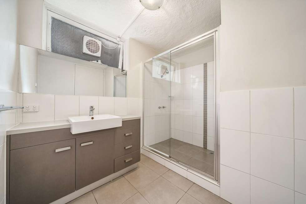 Third view of Homely apartment listing, 2/17 Redan Street, St Kilda VIC 3182