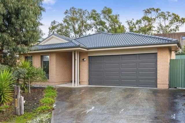 6 Fossickers Grove, Ballarat East VIC 3350