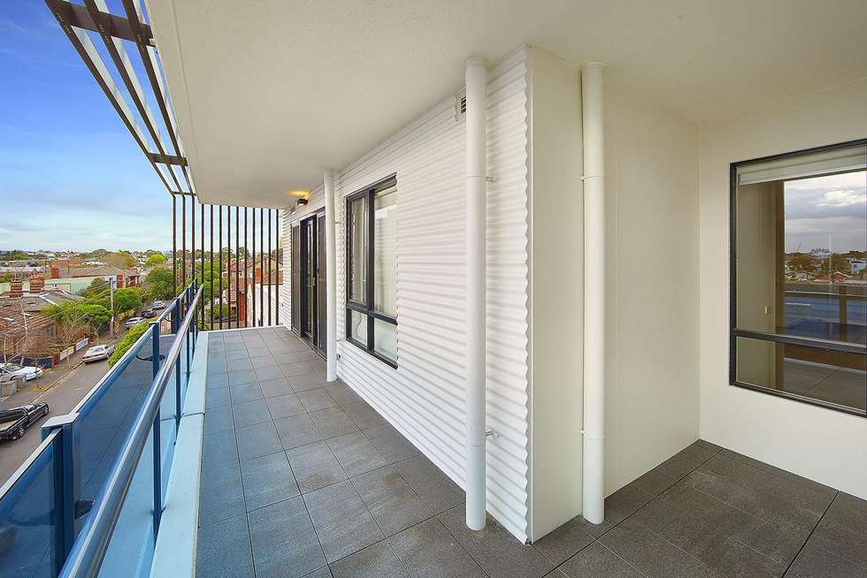 Fourth view of Homely apartment listing, 303/2a Henry Street, Windsor VIC 3181