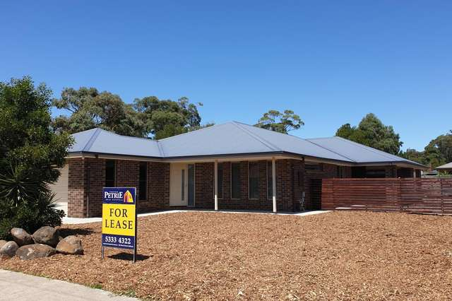32 Olympic Avenue, Mount Clear VIC 3350