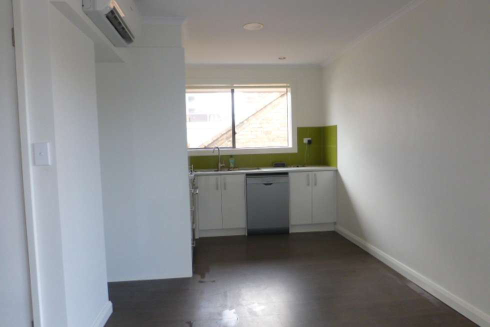 Fourth view of Homely apartment listing, 1/171 Barkly Street, Brunswick VIC 3056