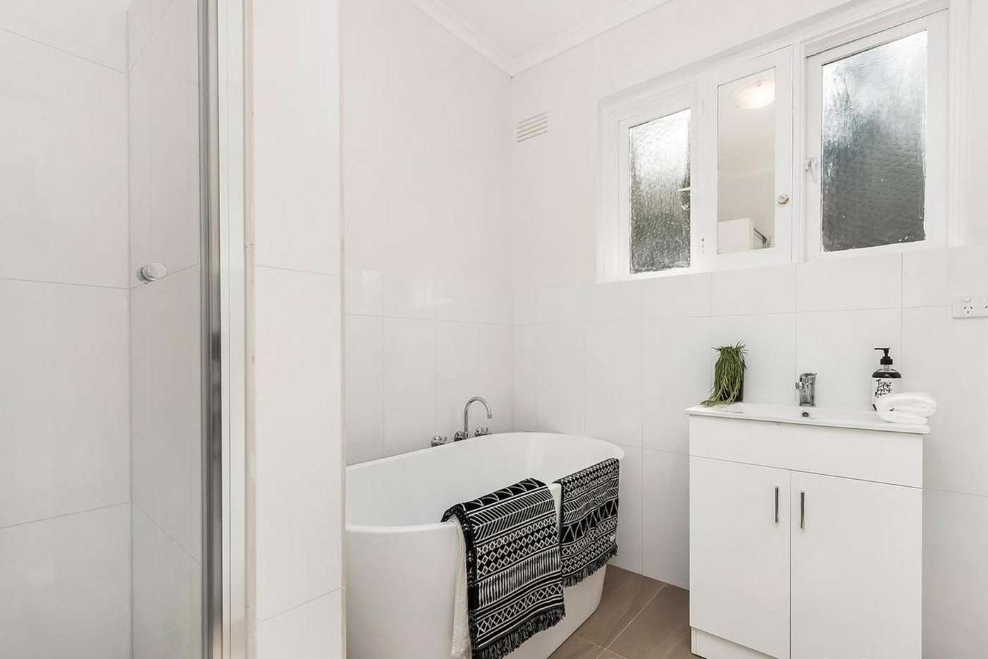 Sixth view of Homely apartment listing, 2/1 Garden Street, Elsternwick VIC 3185