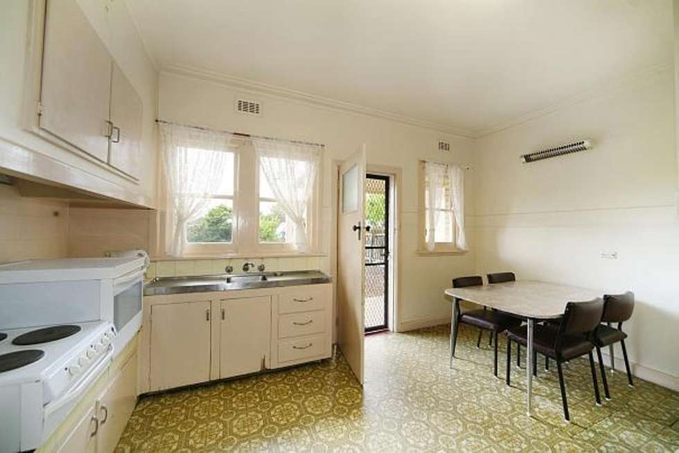 Third view of Homely house listing, 31 Renown Street, Bentleigh VIC 3204