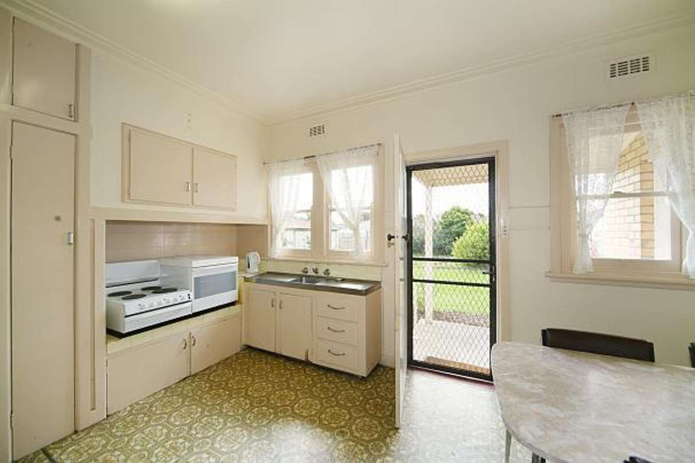 Fifth view of Homely house listing, 31 Renown Street, Bentleigh VIC 3204