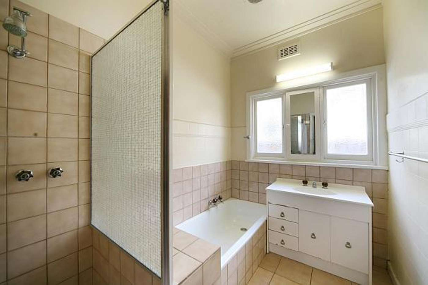 Sixth view of Homely house listing, 31 Renown Street, Bentleigh VIC 3204