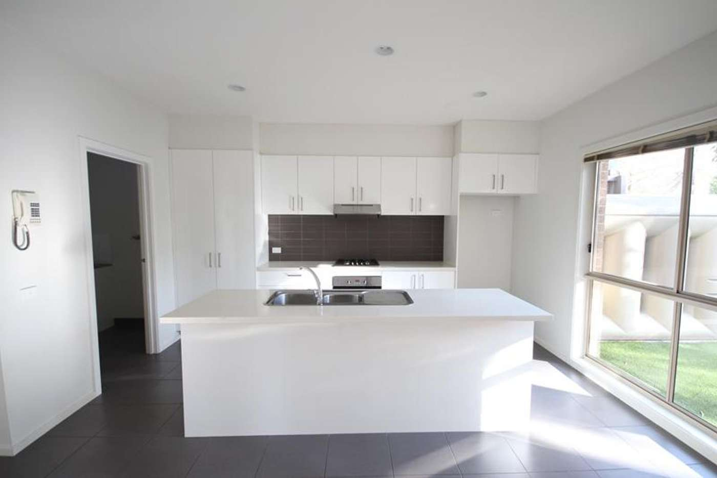 Main view of Homely townhouse listing, 4 Autumn Way, Kilsyth VIC 3137