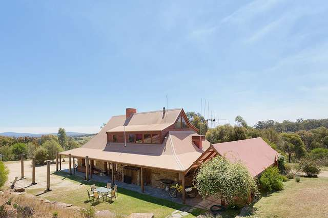 473 Whitegum Road, Barkers Creek VIC 3451