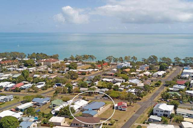 53 Ocean St, Torquay QLD 4655