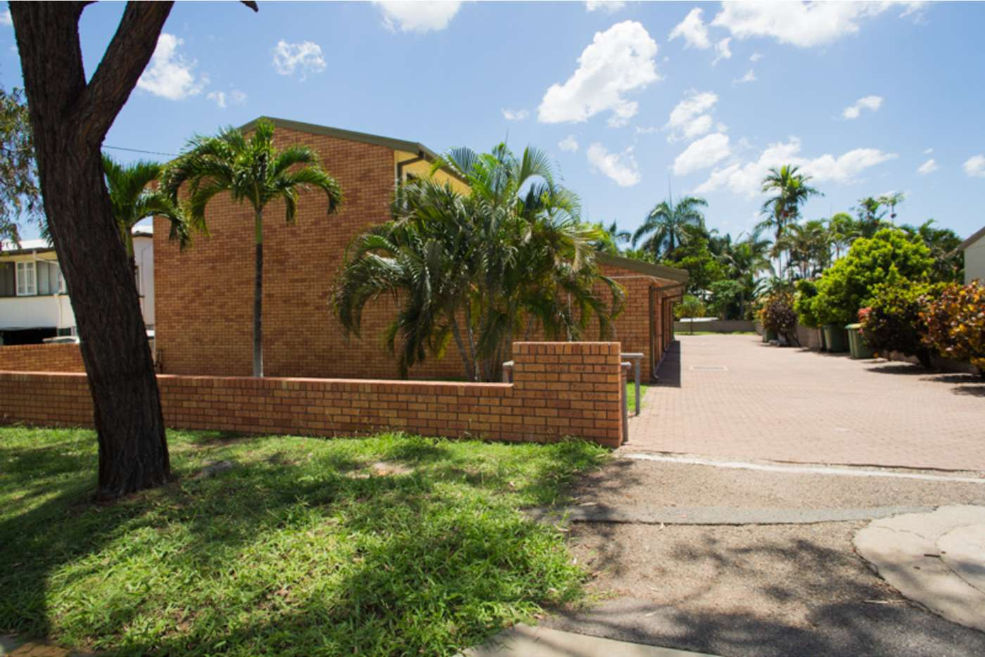 Main view of Homely flat listing, 2/16 Cowley Street, West End QLD 4810