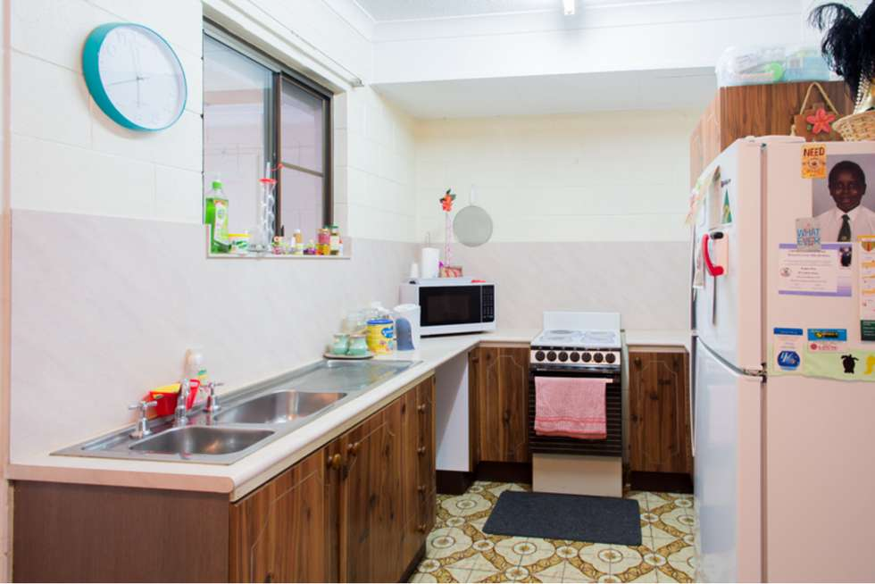 Second view of Homely flat listing, 2/16 Cowley Street, West End QLD 4810