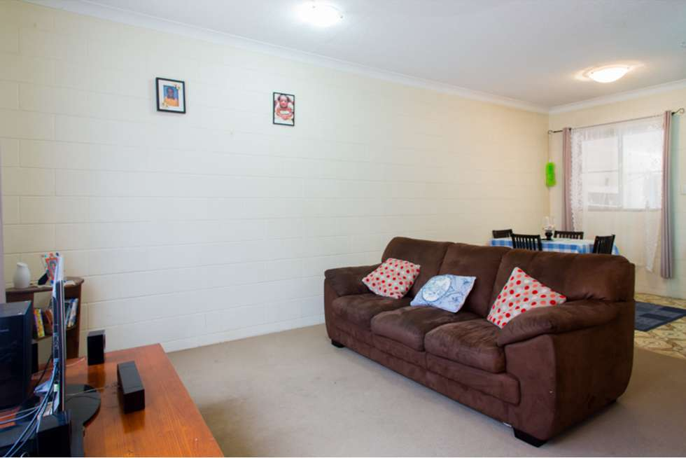 Third view of Homely flat listing, 2/16 Cowley Street, West End QLD 4810