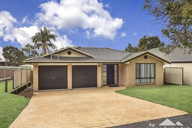 17 Birrabang Avenue, Summerland Point NSW 2259