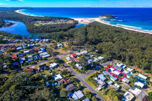 7 Surf Street, Lake Tabourie NSW 2539