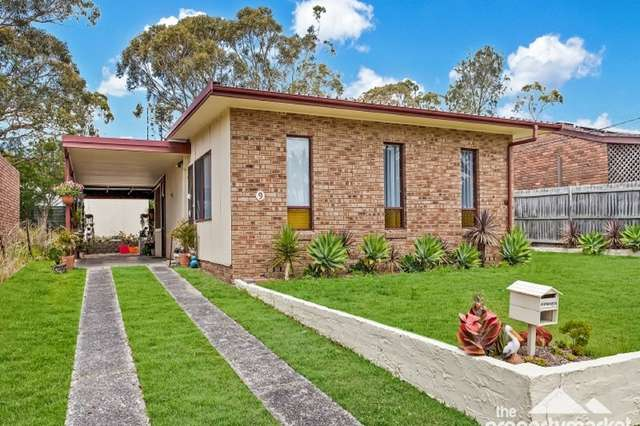 9 Naroo Avenue, Summerland Point NSW 2259