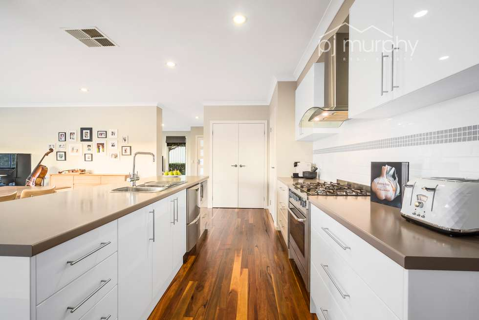 Second view of Homely house listing, 5 Ahern Court, Wodonga VIC 3690