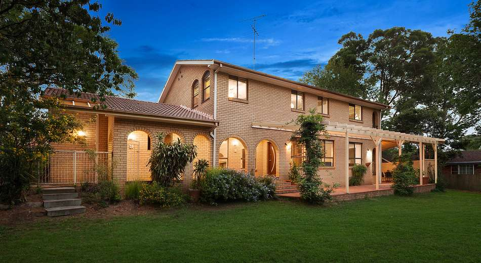 17 Woodvale Place, Castle Hill NSW 2154