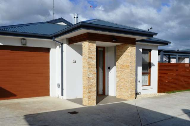 Unit 15/36 Hollows Crt, Grovedale VIC 3216