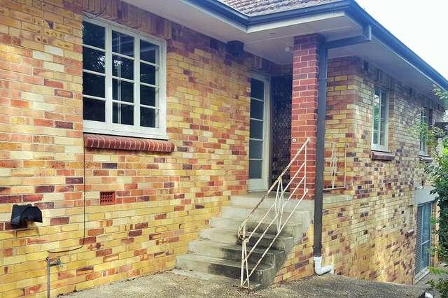 4 Hillsdon Road, Taringa QLD 4068