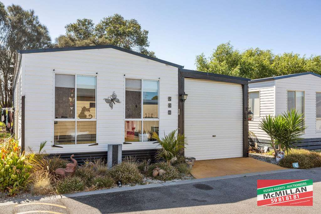 Main view of Homely unit listing, 204/131 Nepean Highway, Dromana, VIC 3936