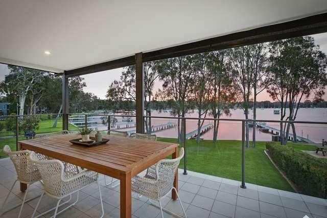 30 Gordon Avenue, Summerland Point NSW 2259