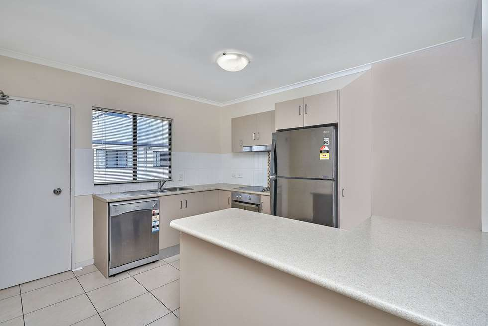 Fifth view of Homely unit listing, 33/376-384 Severin Street, Parramatta Park QLD 4870