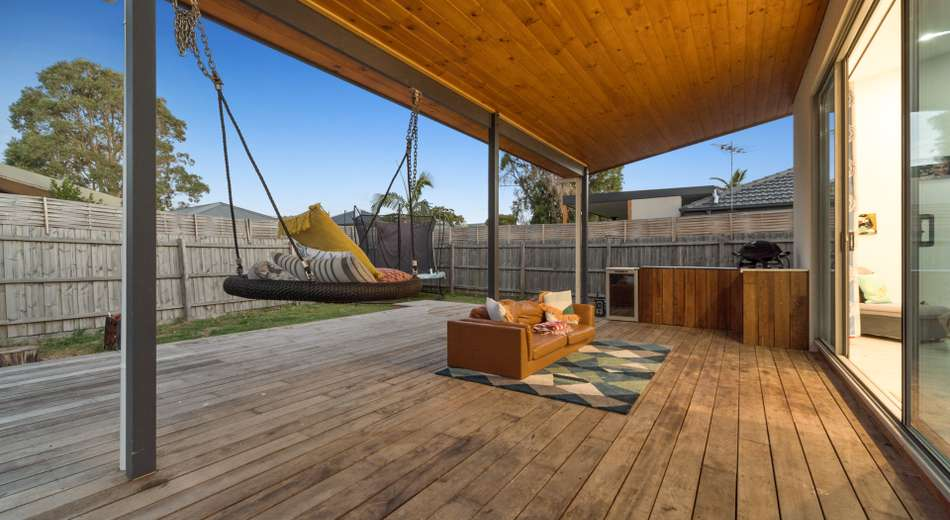 18 Bognor Avenue, Seaford VIC 3198