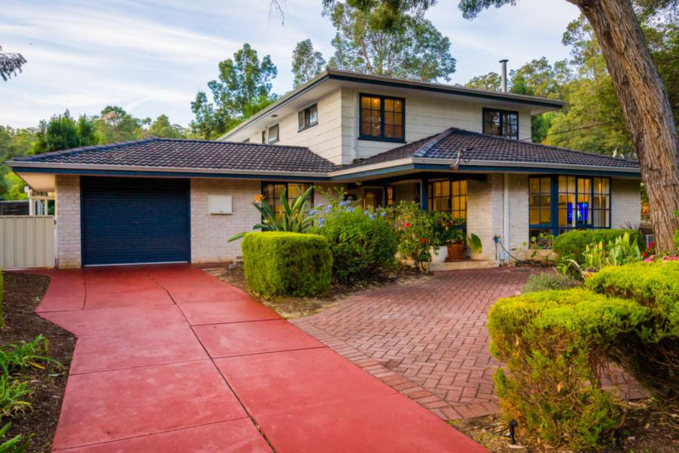 Second view of Homely house listing, 7 Birtwistle Place, Roleystone WA 6111