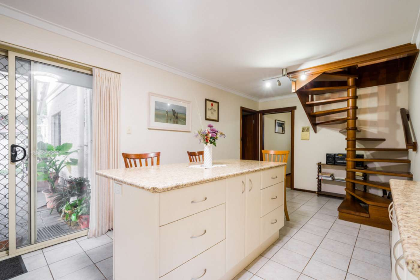 Sixth view of Homely house listing, 7 Birtwistle Place, Roleystone WA 6111
