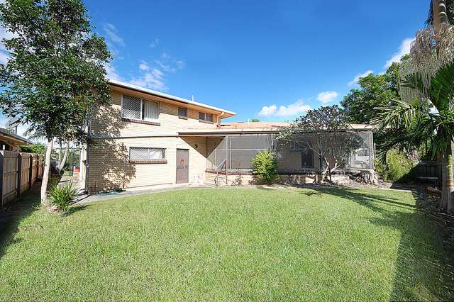 33 Miami Shore Parade, Miami QLD 4220