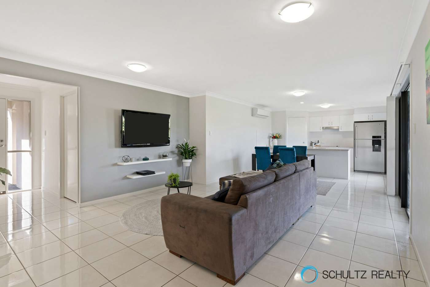 Fifth view of Homely house listing, 10 Vista Circuit, Bahrs Scrub QLD 4207