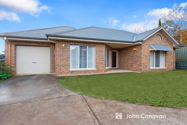 2/7 Somerset Crescent, Mansfield VIC 3722