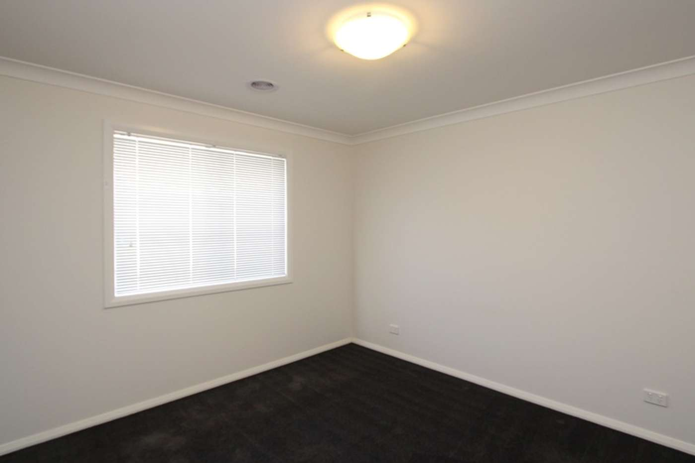 Sixth view of Homely unit listing, 3/26 Pooginook Place, Bourkelands NSW 2650