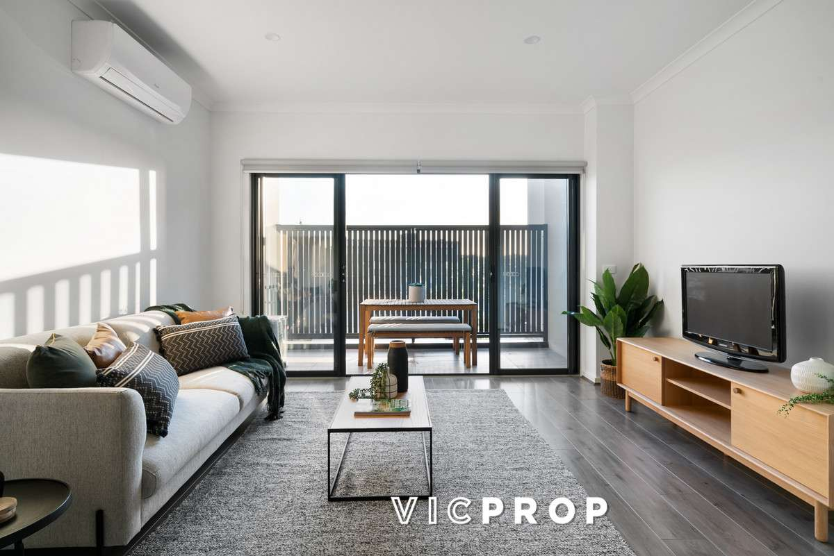 Main view of Homely townhouse listing, 4/431-433 Gaffney Street, Pascoe Vale, VIC 3044