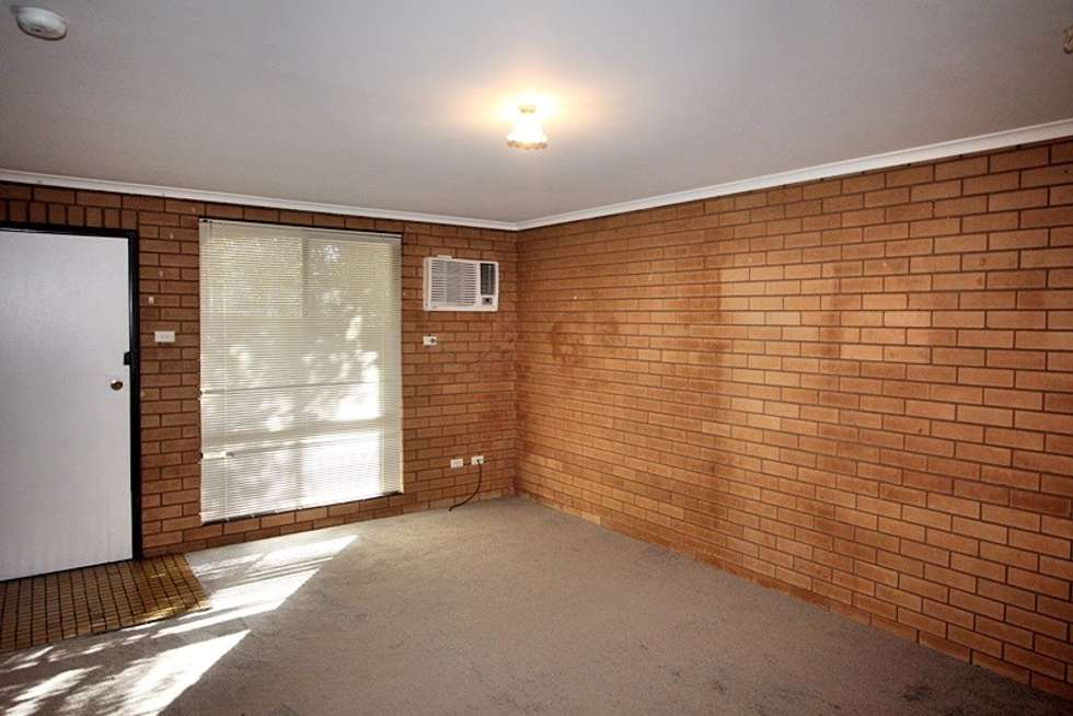 Third view of Homely unit listing, 2/5 Kokoda Street, Ashmont NSW 2650