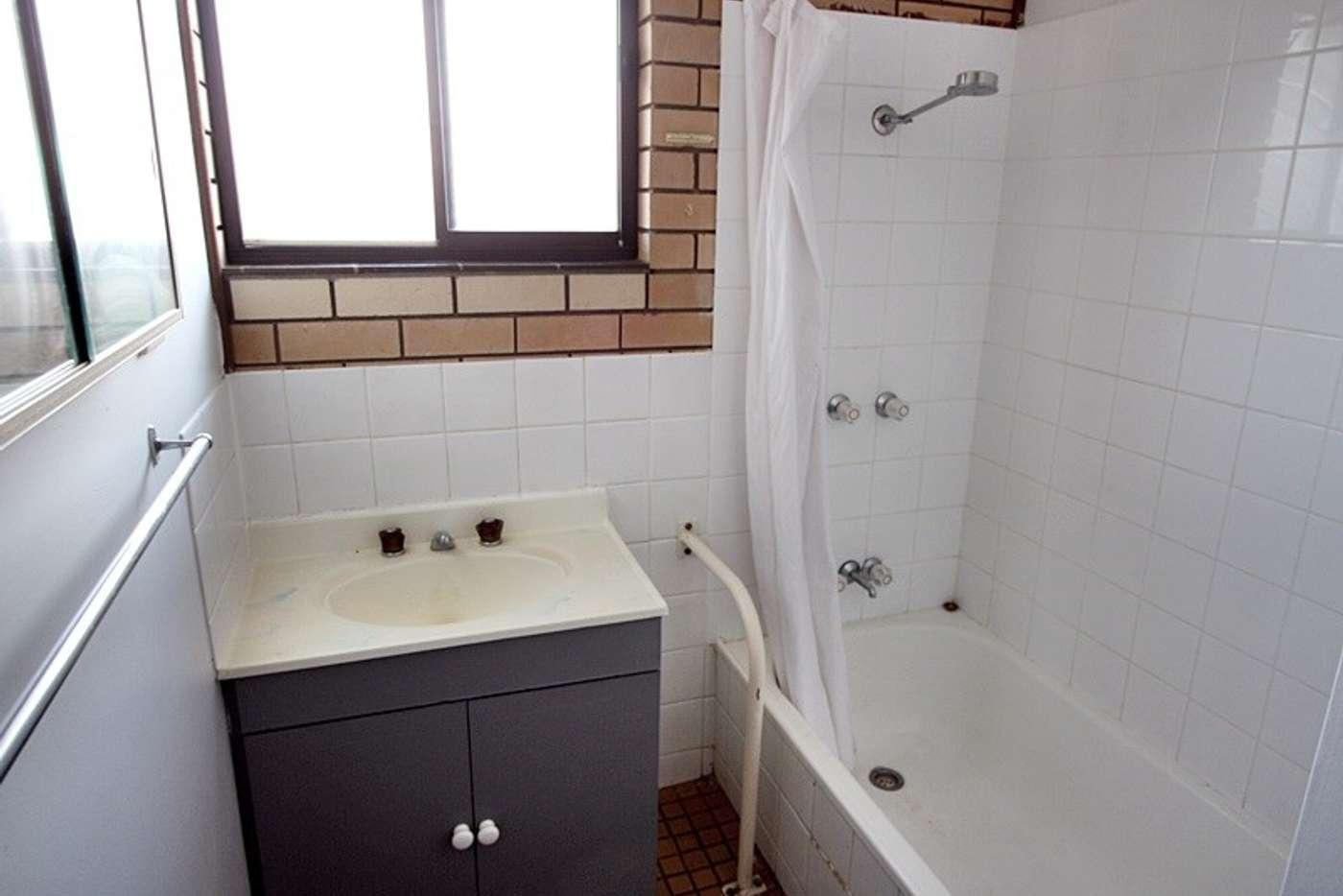 Sixth view of Homely unit listing, 2/5 Kokoda Street, Ashmont NSW 2650