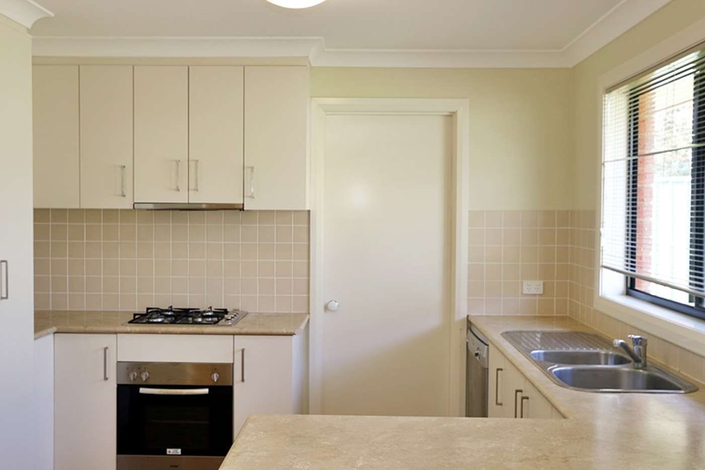 Main view of Homely unit listing, 1/8 Protea Place, Forest Hill NSW 2651
